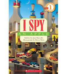 Scholastic Reader!® Level 1-I Spy: I Spy™ An Apple